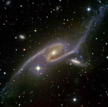 Giant Galaxy NGC 6872 - largest known galaxy