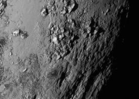 Pluto icy mountains