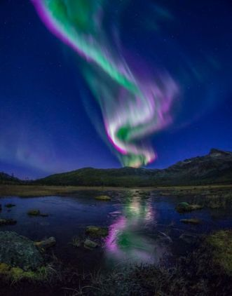 Auroras sparked over Tromsø, Norway as Earth passed through a fold in the heliospheric current sheet http://spaceweathergallery.com/indiv_upload.php?upload_id=129958